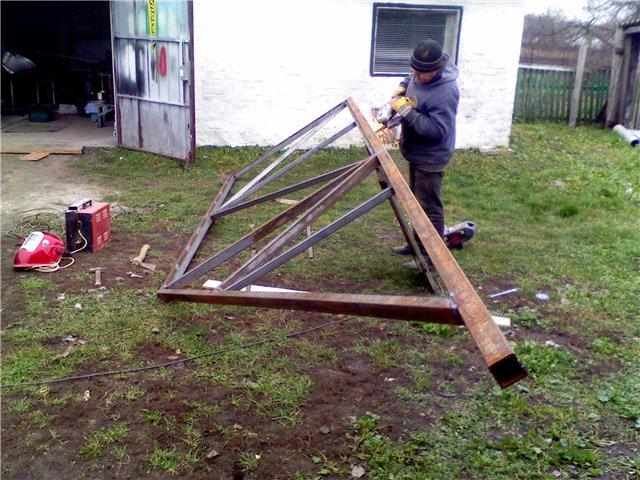 Изготовление направляющей для откатных ворот