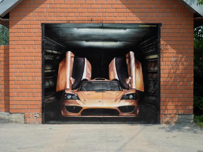 Рисунок спортивного автомобиля на гаражных воротах
