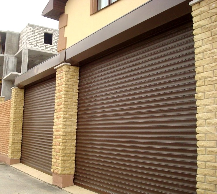 Роллетные гаражные алюминиевые ворота