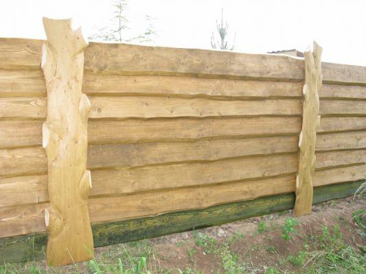 Забор для дачи из горбыля