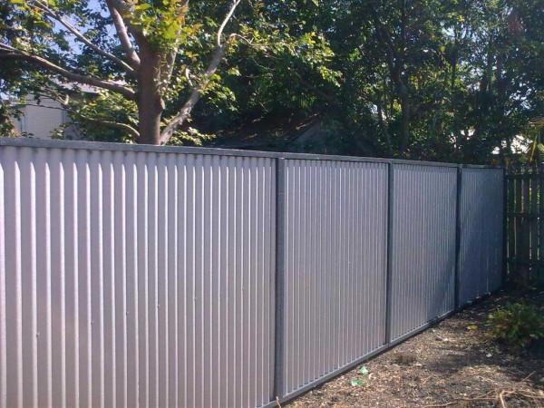 Забор из профлиста - внешний вид