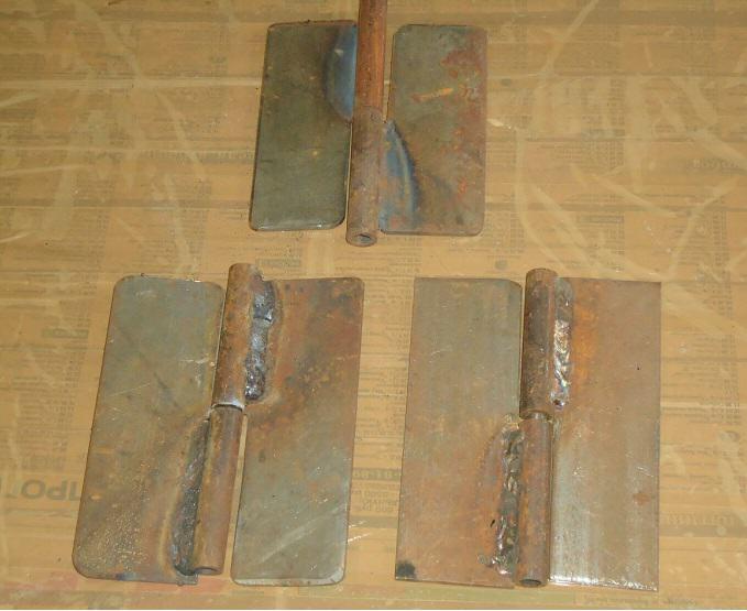 Металлические петли для калитки