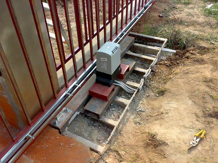 Подготовка фундамента для откатных ворот