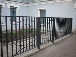 фото металлический забор