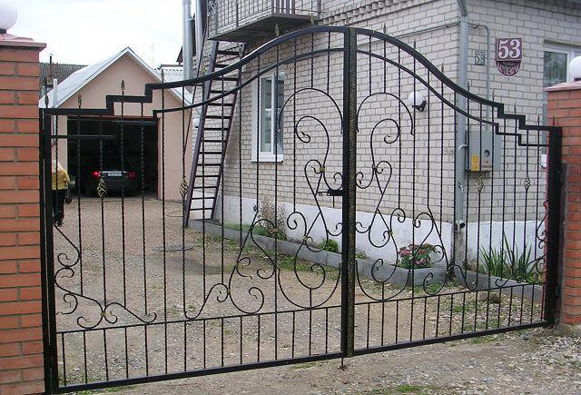 Ворота раздвижные кованые