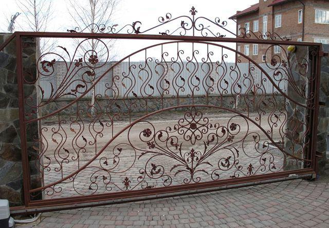 Откатные кованые автоматические ворота