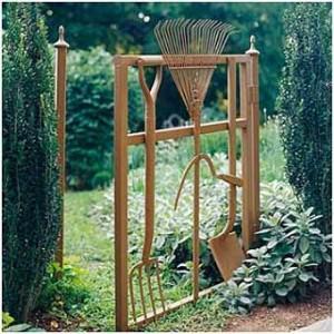 Фото садовой калитки классик